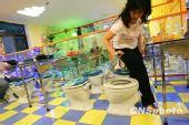 京城首家厕所主题餐厅受追捧(图)