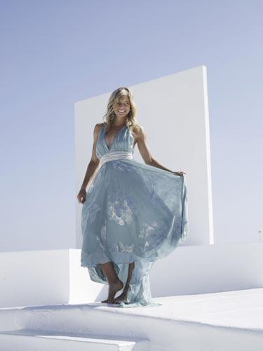 长裙展示优雅