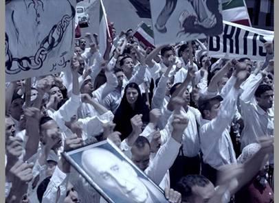 被伊朗放逐的沙琳•奈莎将镜头对准了1953年的伊朗政变和女人的社会地位。