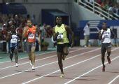 图文:总决赛博尔特200米夺冠 领先对手