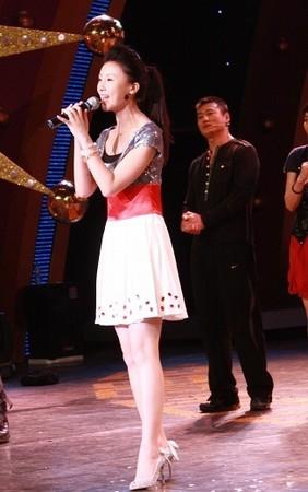 甘薇献唱歌曲《学爱》