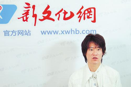 王栋瘦了不少 本报记者 赵滨 摄
