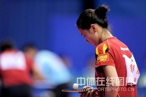 图文:全运会乒球决赛次日 彭陆洋有点落寞