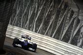 图文:F1新加坡站第一次练习 罗斯伯格在赛道上