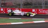 图文:F1新加坡站练习赛 巴里切罗获第一