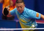 图文:乒乓球团体赛1/4决赛 马琳经典招式