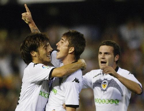 图文:瓦伦西亚平马德里竞技 埃尔南德斯庆祝