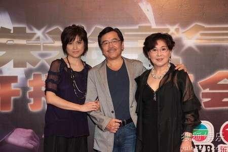 三位主演做客东方卫视
