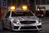 图文:F1新加坡大奖赛正赛 赛会安全车