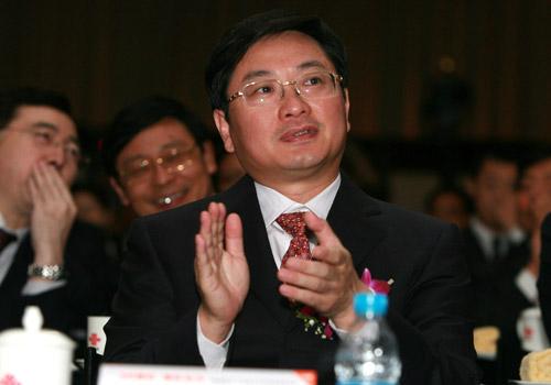 图文 中国联通总经理陆益民在会场