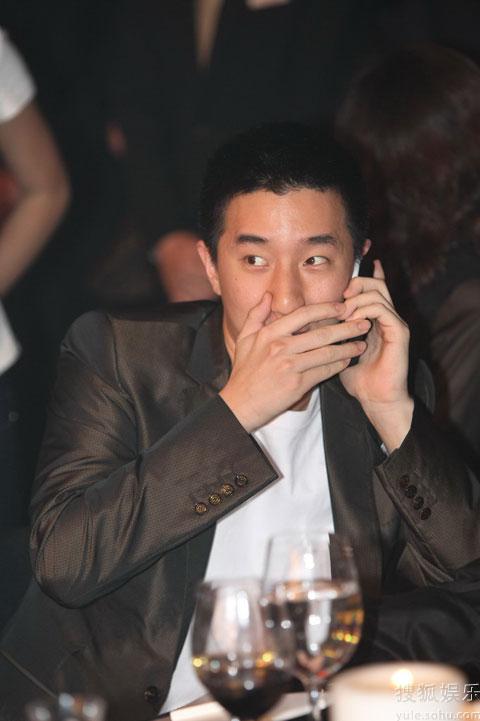 """房祖名与""""王先生""""沟通"""