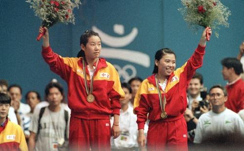 1992年巴塞罗那夺得女双冠军