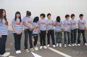 快乐女声十强在北京拍摄MV 海魂衫复古性感