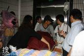 组图:赵本山脑出血入院 网友关注送祝福