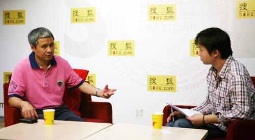 国庆60周年天安门广场网幕焰火燃放实施单位熊猫烟花集团董事长赵伟平接受专访。