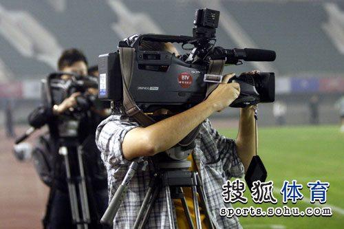 两台摄像机