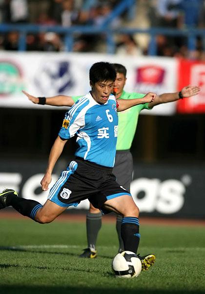 张耀坤准备罚点球