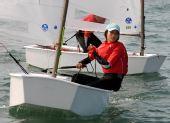 图文:全运会OP级帆船团体决赛 上海选手陆瑜婷