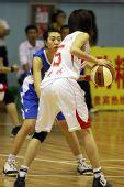 图文:北京女篮胜湖北女篮 对位进攻