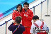 图文:全运男子10米台决赛 邱波满脸笑容