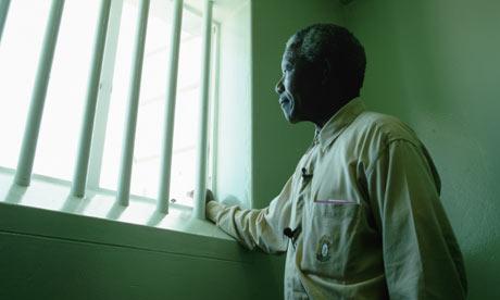 曼德拉的一生充满曲折和磨难