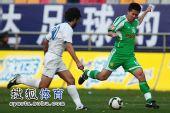 图文:[中超]天津0-0北京 黄博文寻找机会