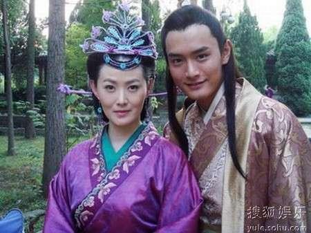 青年演员王雨和林心如在剧中饰演的一对苦情小夫妻最受观众追捧.图片
