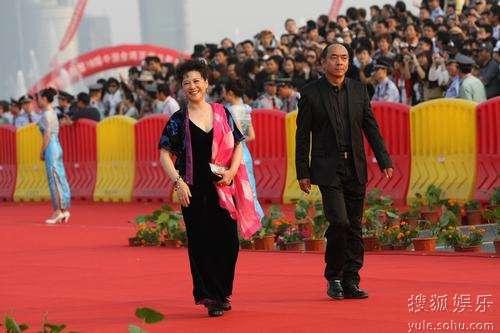 图:金鸡百花电影节红毯 陶泽如与王馥荔