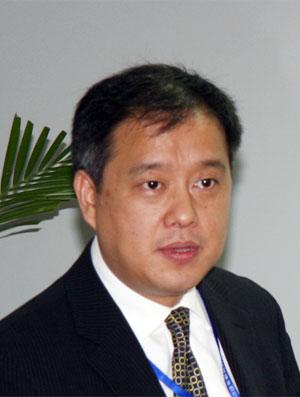 北汽福田副总经理 工程研究院院长邬学斌简介高清图片