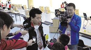 庞伟失利后只接受小记者的采访。