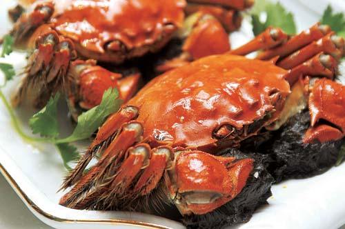 船餐市场吃太湖蟹
