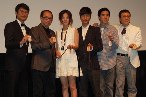 《花木兰》主创团队亮相东京电影节