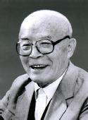 吕正操同志遗体在京火化 胡锦涛等送别(图)