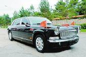 60年国庆红旗阅兵车将量产 造价400万售800万