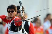 图文:山东队获男团反曲弓第四名 姜林在比赛中