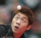 图文:国乒男团3-0中国香港 许昕眼里只有球