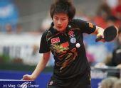 图文:国乒女团3-1逆转中国香港 回球表情专注