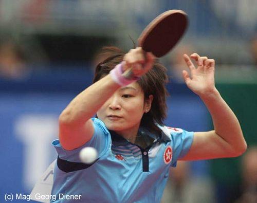 图文:国乒女团3-1逆转中国香港 活力十足回球