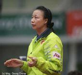 图文:国乒女团3-1逆转中国香港 香港主帅指导