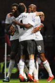 图文:[英超]西汉姆2-2阿森纳 庆祝进球
