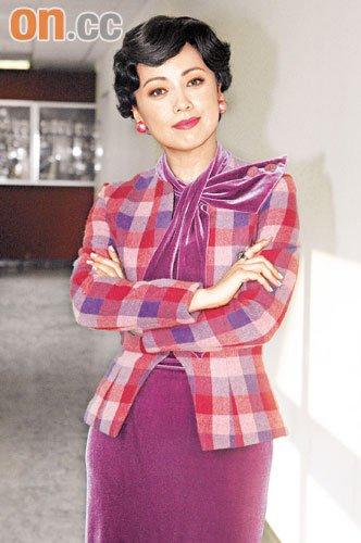 邓萃雯坦言有信心夺视后,当佘诗曼及杨怡不在。