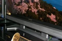 电视减肥成壁画 超薄夏普46�即傧�中