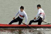 图文:男子双人划艇500米决赛 冠军黄茂兴/李强