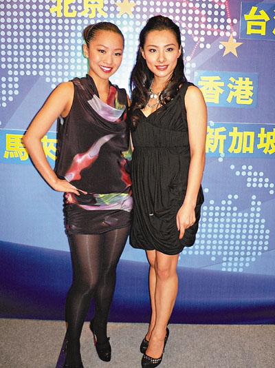 刘璇同门师姐郑融也前来祝贺
