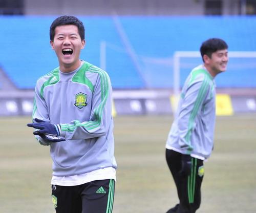 黄博文开怀大笑