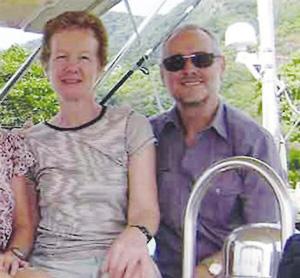 保罗・钱德勒夫妇的资料照片。