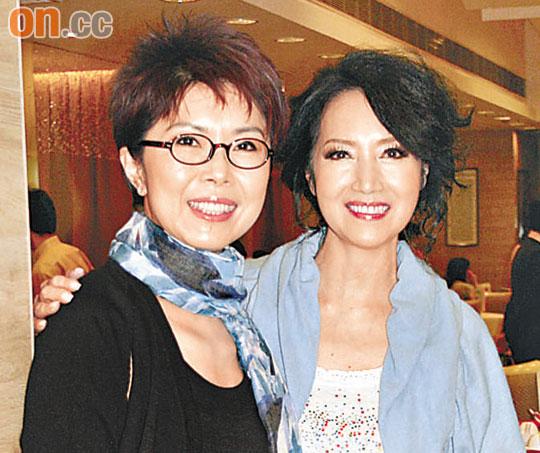 谢雪心(右)与关菊英争夺女配角奖