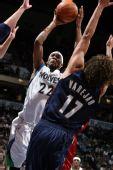 NBA图:骑士杀破狼迎首胜 布鲁尔重负之下投篮