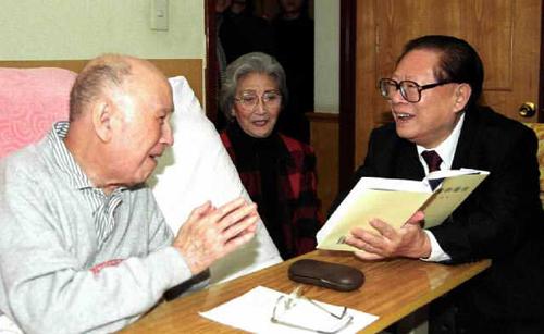 我国著名科学家钱学森31日早上在北京逝世,享年98岁.-党和国家领