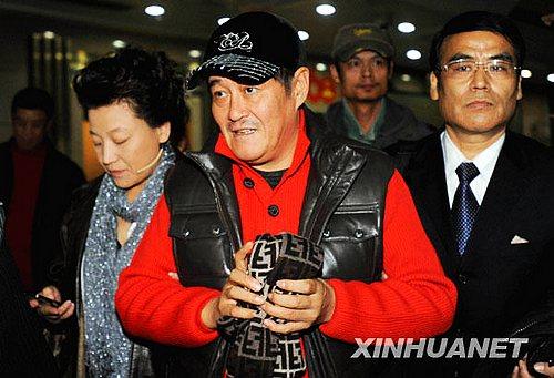 10月31日,赵本山亮相一综艺节目录制现场。
